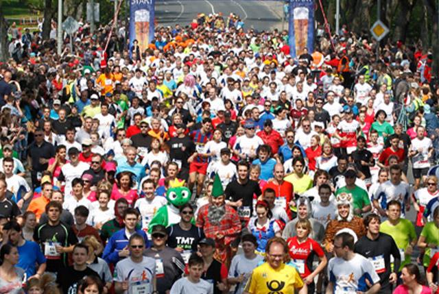 Viele Läufer beim Maisels FunRun 2013
